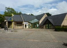 280px-La_Forest-Landerneau_La_mairie